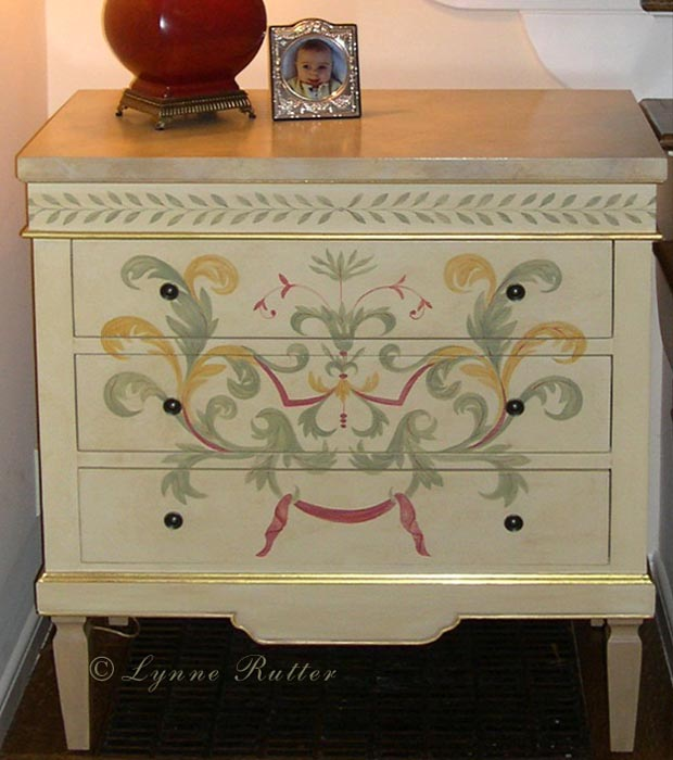 Lynne Rutter Studio Finishes Painted Furniture